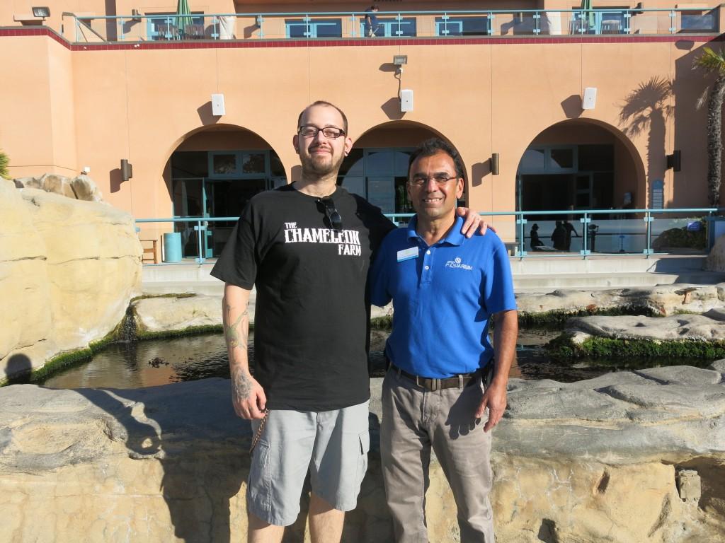 XXX and  head Birch Aquarium aquarist Fernando Nosratpour in 2013.