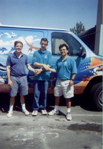 Raul Diaz (middle) with Birch Aquarium aquarist Fernando Nosratpour in 1997